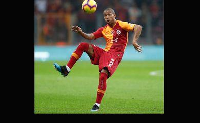Fim de jogo! Com Mariano (@marianof25 ) mais uma vez em campo, o @GalatasaraySK  goleou o Antalyaspor, por 5 a 0, em jogo da 25ª rodada do Campeonato Turco, em Istambul. Este foi o 20º jogo do lateral-direito como titular na liga turca