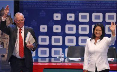 Pedro Pablo Kuczynski e Keiko Fujimori disputam segundo turno das eleições presidenciais no Peru