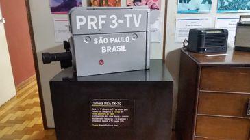 Câmera RCA da PFR 3 TV Difusora, primeira câmera da televisão brasileira