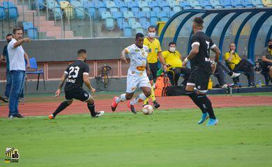 Goiânia e Novorizontino jogaram na capital de Goiás pelas oitavas de final da Série D.