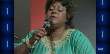 Leny Andrade canta no programa Grandes Musicais