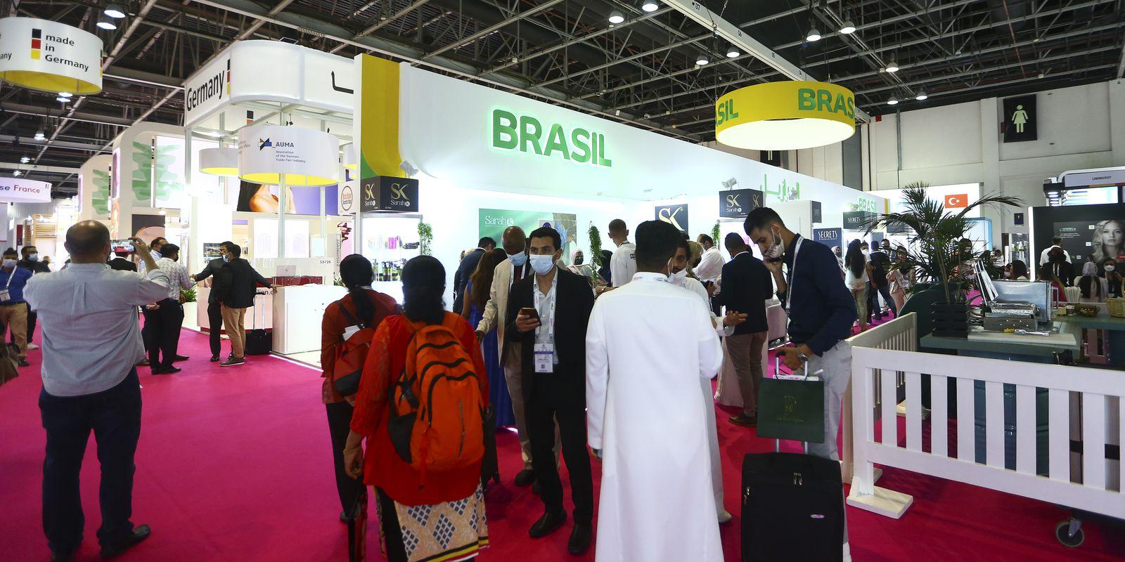 Estandes de empresas brasileiras na Beauty World Middle East, maior feira de produtos cosméticos do oriente médio.