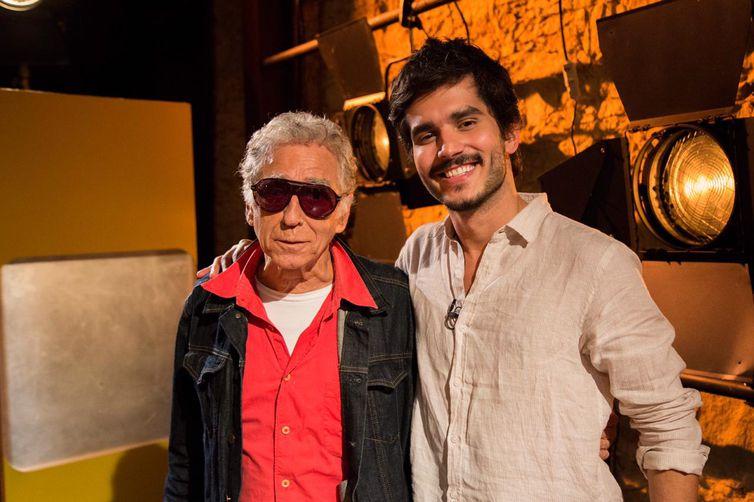 Neville d'Almeida é entrevistado por Bruno Barros