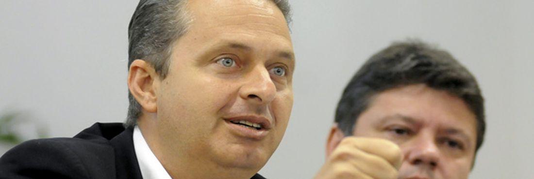 PSB disputa sete prefeituras no segundo turno