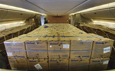 Aeronave pousa nesta terça-feira (7), em São Paulo, com 11,8 milhões de máscaras a bordo.