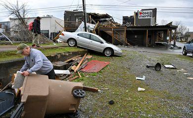Tornados causam destruição em Nashville, nos Estados Unidos