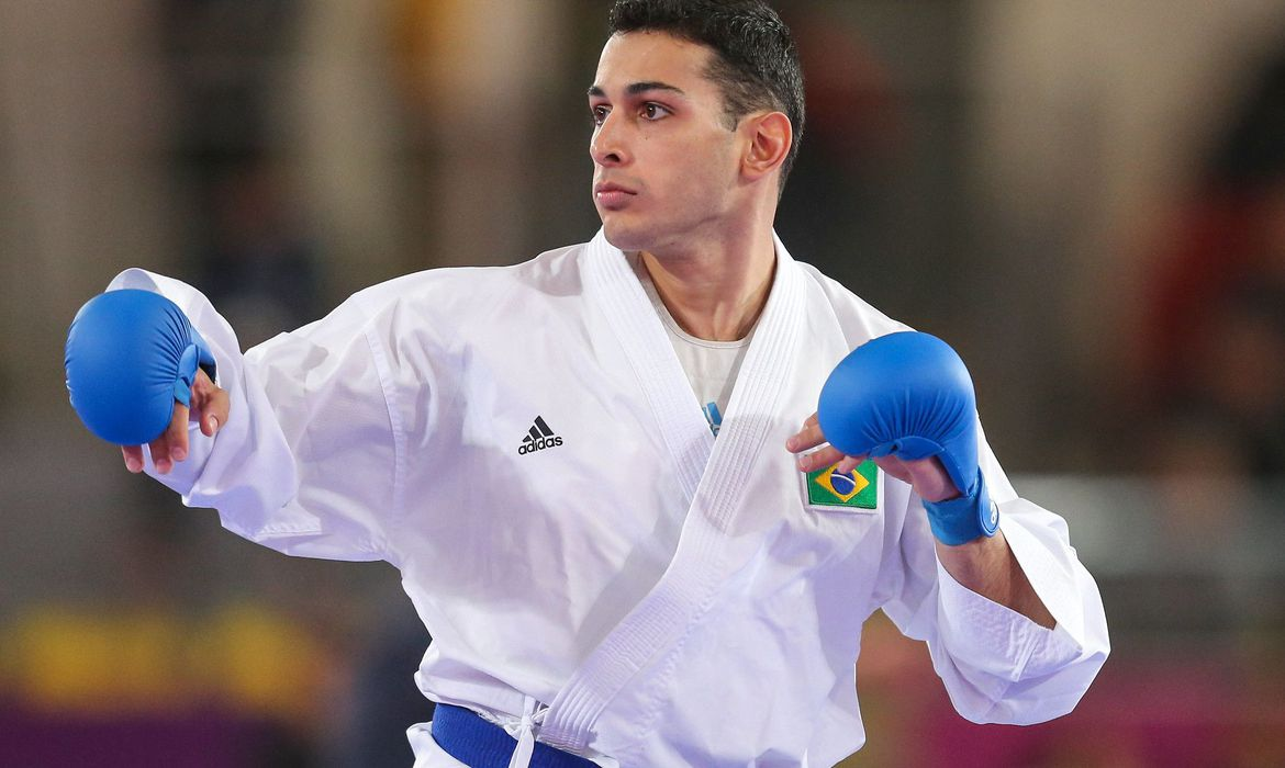 Vinicius Figueira (Brasil), durante as eliminatórias da categoria -67kg do caratê nos Jogos Pan-Americanos Lima 2019. Local: Polideportivo Villa El Salvador, em LIma (Peru). Data: 11.08.2019.