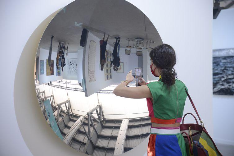 Abertura da 10ª edição da ArtRio, na Marina da Glória, no Rio de Janeiro.