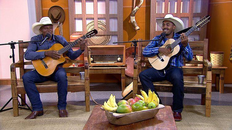Marcelo Silva & Walisson Viola representam a tradicional música caipira na região Norte
