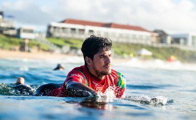 gabriel medina, surfe, wsl, circuito mundial, newcastle, australia