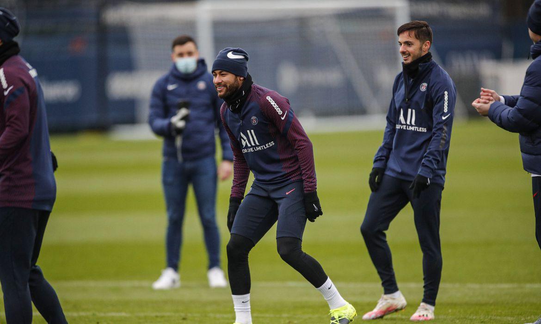 Neymar joga no Paris Saint-Germain
