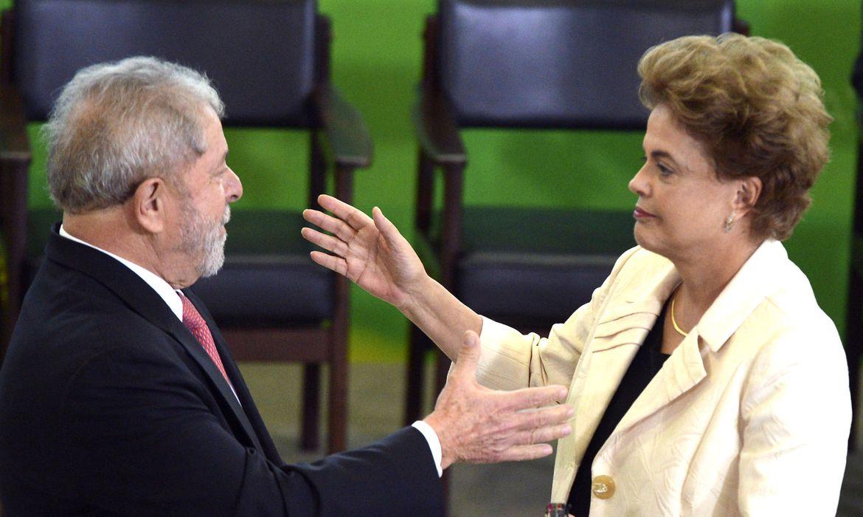 Presidenta Dilma dá posse ao ex-presidente Lula