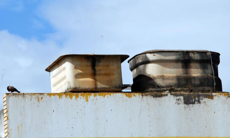 Caixas d'água de amianto - Foto Wilson Dias/Arquivo Agência Brasil