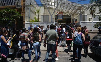 São Paulo - Segundo dia de aplicação das provas do Exame Nacional do Ensino Médio (Enem) 2017, na Universidade Paulista (UNIP),  Pinheiros, região oeste (Rovena Rosa/Agência Brasil)