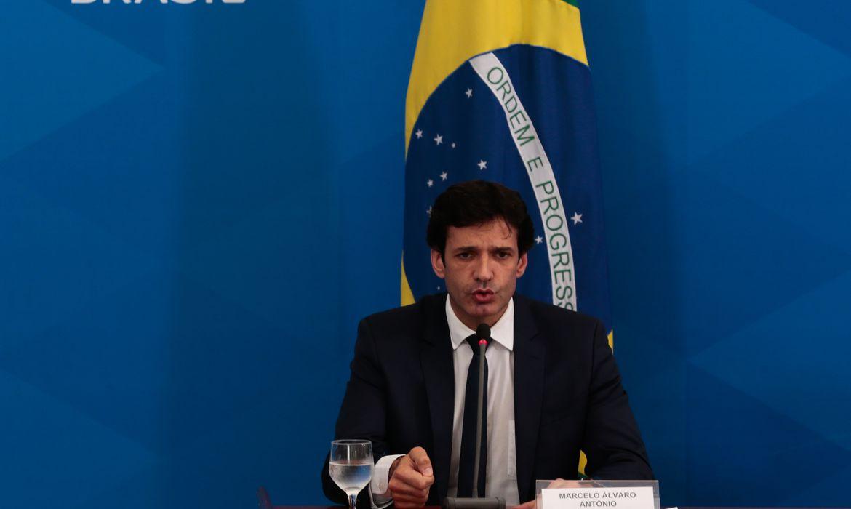 O ministro  do Turismo, Marcelo Álvaro Antônio, participa de coletiva de imprensa no Palácio do Planalto, sobre as ações de enfrentamento ao covid-19 no país