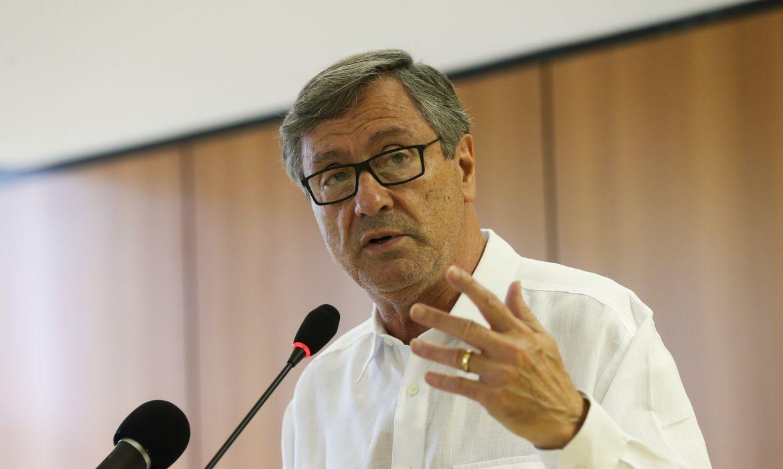 Brasília - O ministro da Justiça e Segurança pública,  Torquato Jardim, fala à imprensa sobre o decreto do indulto natalino (Fabio Rodrigues Pozzebom/Agência Brasil)