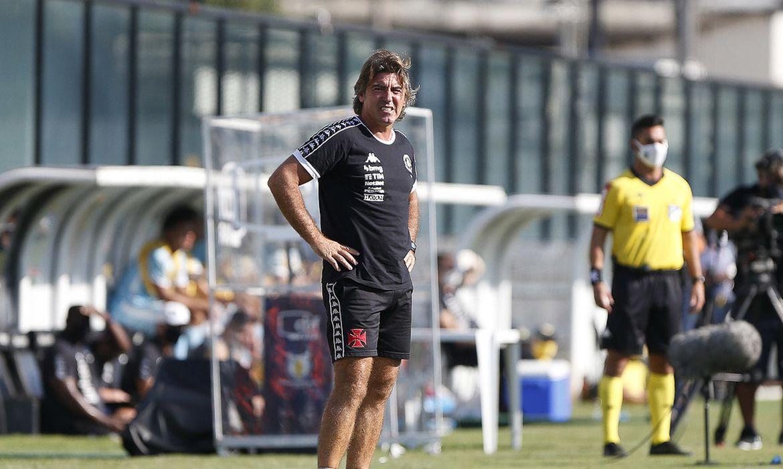 Técnico Sá Pinto é demitido do Vasco em 29/12/2020