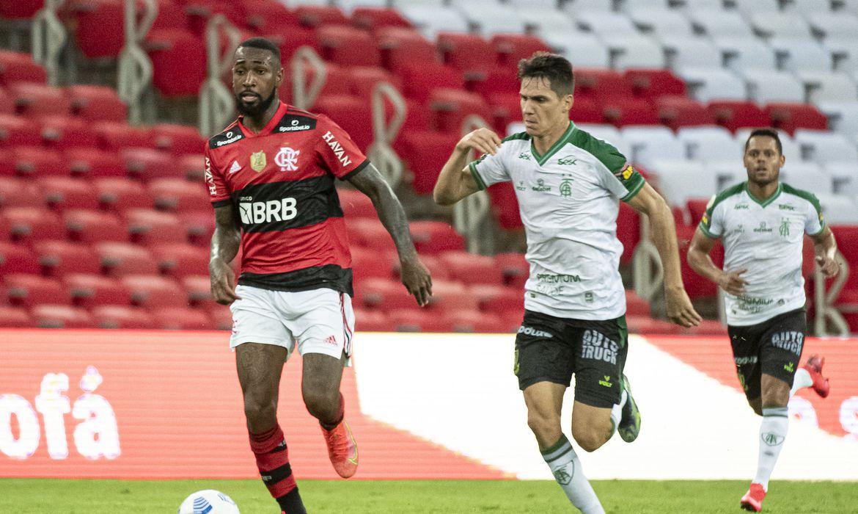 Mesmo com desfalques, Flamengo bate América no Maracanã