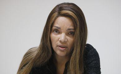 A deputada federal,Flordelis, fala sobre a morte de seu marido, o pastor Anderson do Carmo.
