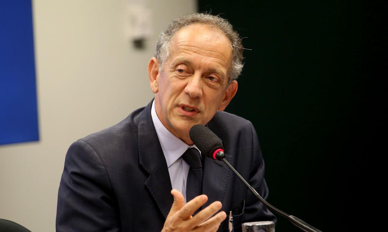 Brasília - O secretário-geral da CBF, Walter Feldman, fala em audiência na CPI do Futebol sobre contratos de marketing, direitos de mídia, patrocínios e eventos envolvendo a CBF (Wilson Dias/Agência Brasil)