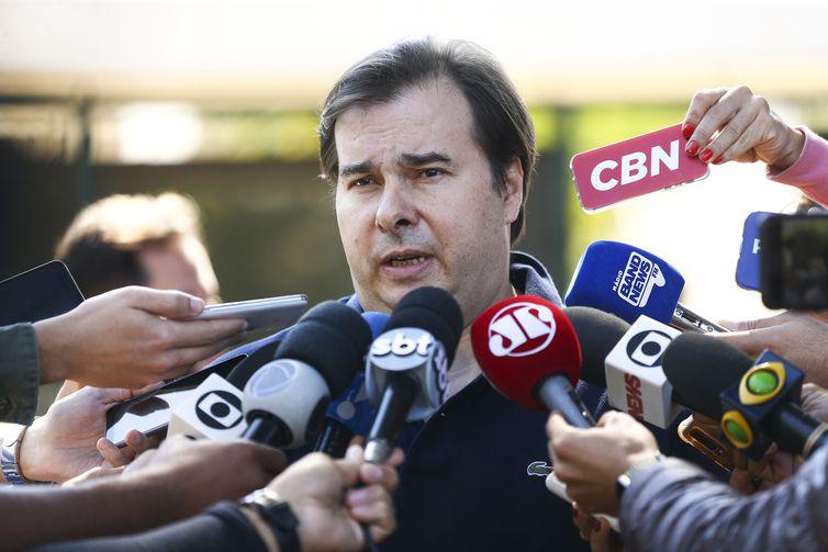 O presidente da Câmara dos Deputados, Rodrigo Maia, após reunião na residência oficial da presidência da Câmara.
