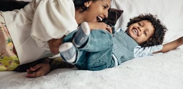 Especialistas orienta alternar o trabalho em casa com o tempo em família