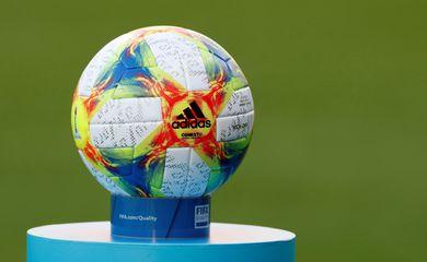 Bola de futebol da Copa do Mundo de Futebol Feminino - França 2019.