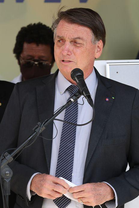 Presidente da República, Jair Bolsonaro, participa da inauguração dos residenciais Crixá IV e V, em São Sebastião/DF