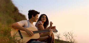 Gaby e Rodolfo cantam juntos