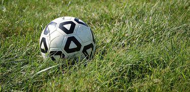 Futebol, campo de futebol, bola