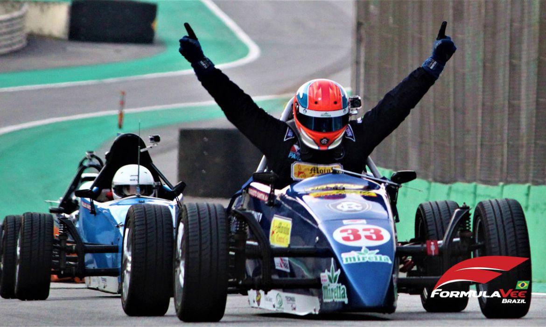 6ª e 7ª etapas do Campeonato Paulista de Fórmula Vee. Autódromo de Intelagos, em São Paulo - 14/09/2020