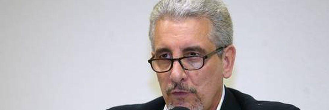 Barbosa vota pela condenação de Henrique Pizzolato e sócios da agência DNA