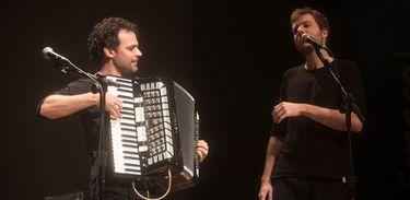 João Cavalcanti e Marcelo Caldi no Cena Musical