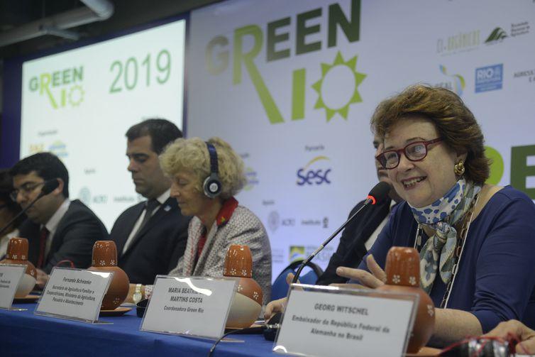A coordenadora do Green Rio, Maria Beatriz Bley M. Costa, fala durante abertura da 8ª edição do evento na Marina da Glória, zona sul do Rio de Janeiro.
