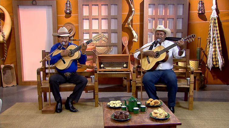 Valdo Reis & Pratini cantam uma boa viola no Brasil Caipira