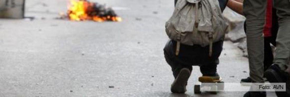 Três mortos nos protestos na Venezuela