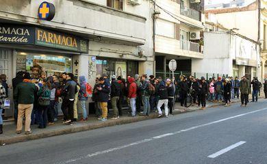 Após alta procura, os estoques de maconha nas farmácias de Montevidéu se esgotaram