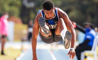 Mateus e Sá - salto triplo - classificado para Tóquio 2020 - Olimpíada