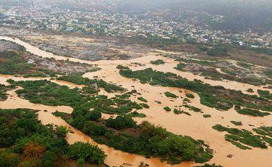 Espírito Santo - A lama de rejeitos está seguindo para a Usina de Mascarenhas, em Baixo Guandu (Secom/Governo do Espírito Santo)