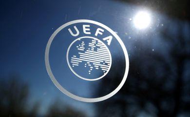 Logo da Uefa em Nyon, na Suíça