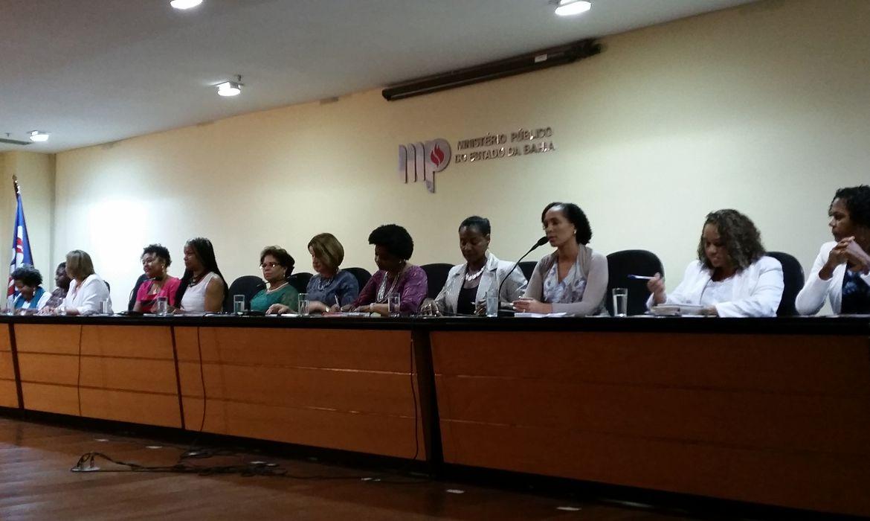 O I Seminário Biopolíticas e Mulheres Negras: práticas e experiências contra o racismo e o sexismo ocorre em comemoração ao Dia Internacional da Mulher Afro-Latina Americana e Afro-Latina Caribenha, comemorado no dia 25 de julho