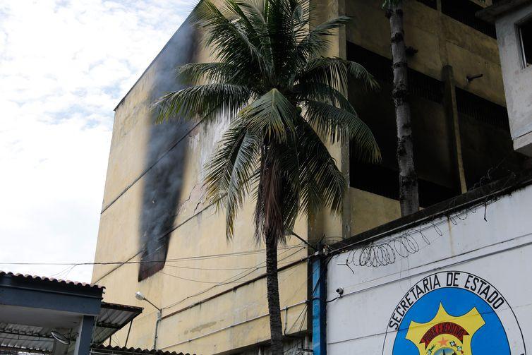 incendio_presidio_de_bem_fica_2901205976