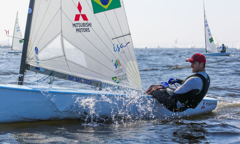 Zarif vence Semana de Vela do Rio