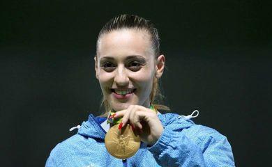 2016 Rio Olympics - Shooting - Victory Ceremony - Women's 25m Pistol Victory Ceremony - Olympic Shooting Centre - Rio de Janeiro, Brazil - 09/08/2016. Anna Korakaki (GRE) of Greece poses with her gold medal. REUTERS/Edgard Garrido