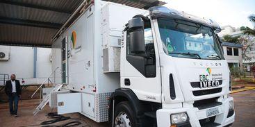 Caminhão de transmissão da EBC