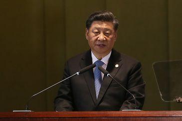 O presidente  da China, Xí Jìnpíng, durante Diálogo dos Líderes com o Conselho Empresarial do BRICS