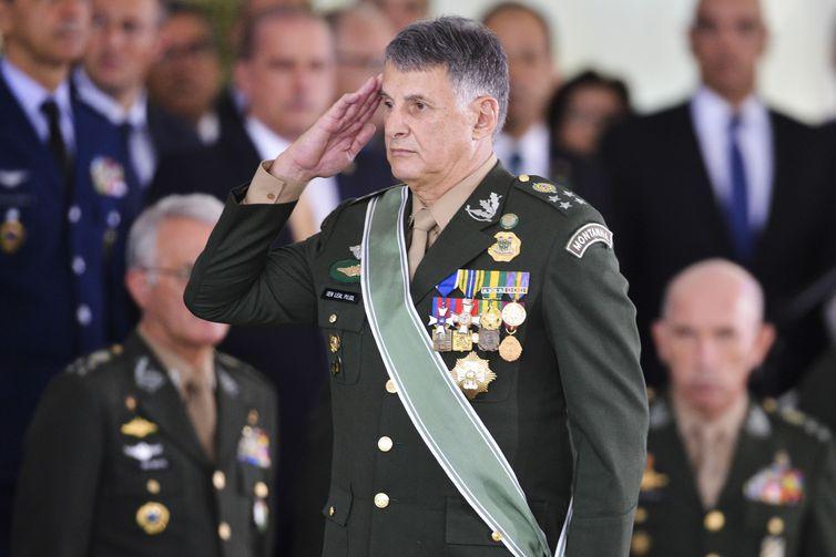 Solenidade de passagem de Comando do Exército