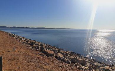 Rio São Francisco e do projeto de recuperação de nascentes do programa águas brasileiras