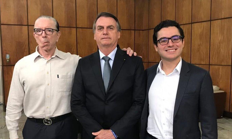 Drs. Macedo, Jair Bolsonaro e  Leandro.