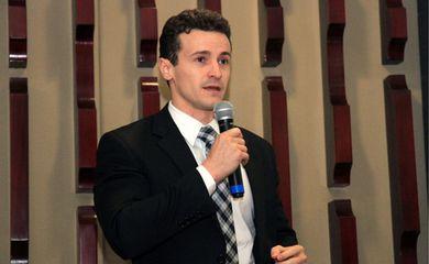 Procurador da Lava-Jato Roberson Pozzobom (Divulgação/Associação Goiana do Ministério Público)
